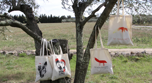 The Indian Runners tote bags by Chamo San, Amaia Arrazola, Guim Tió & Conrad Roset